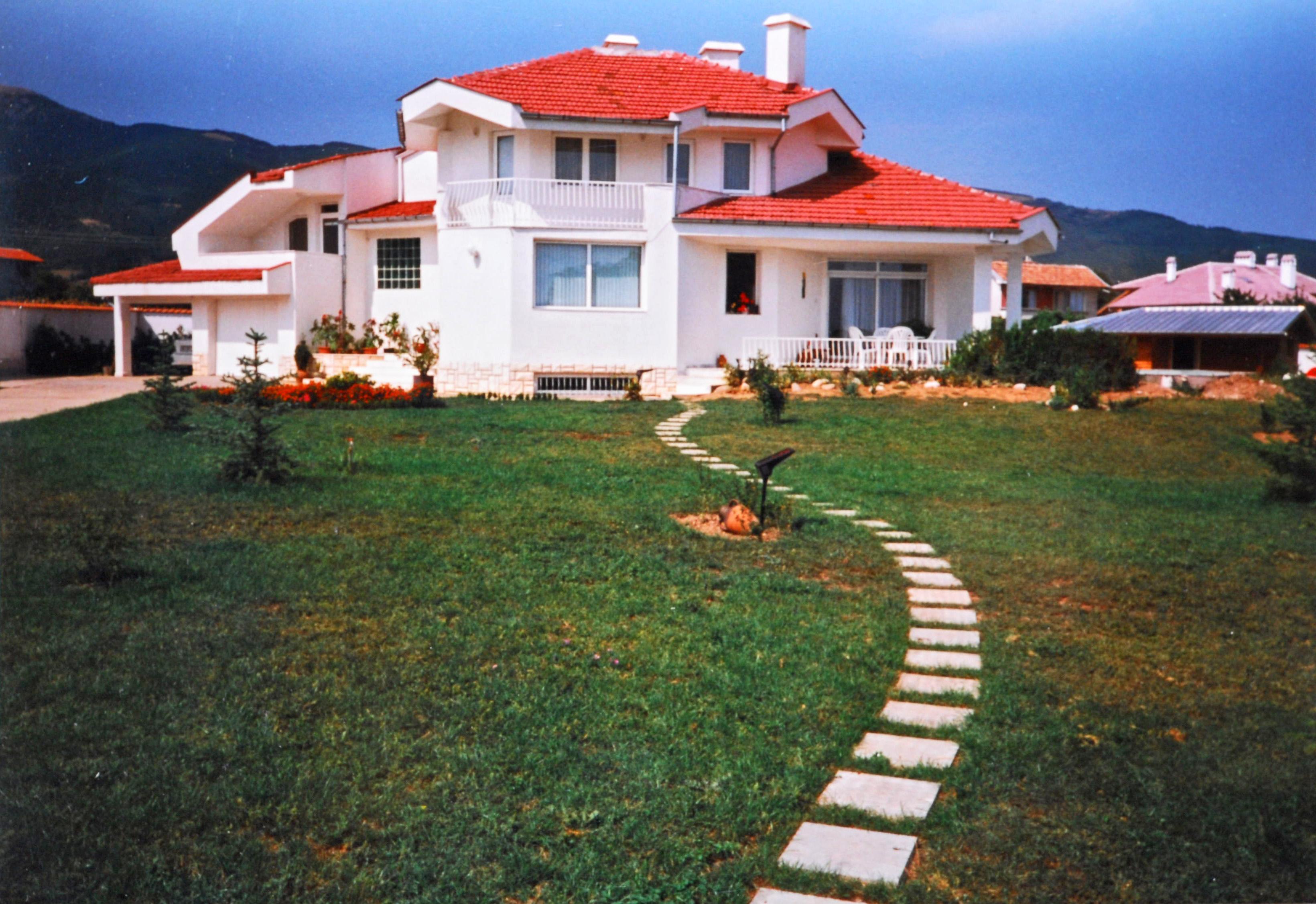 Luxury villa in bulgaria intermediary services for Decoration villa de luxe